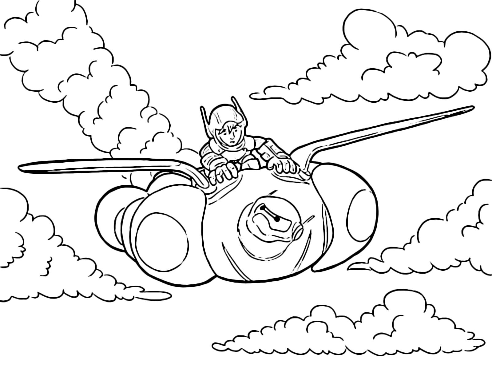 hiro vola con baymax fra le nuvole