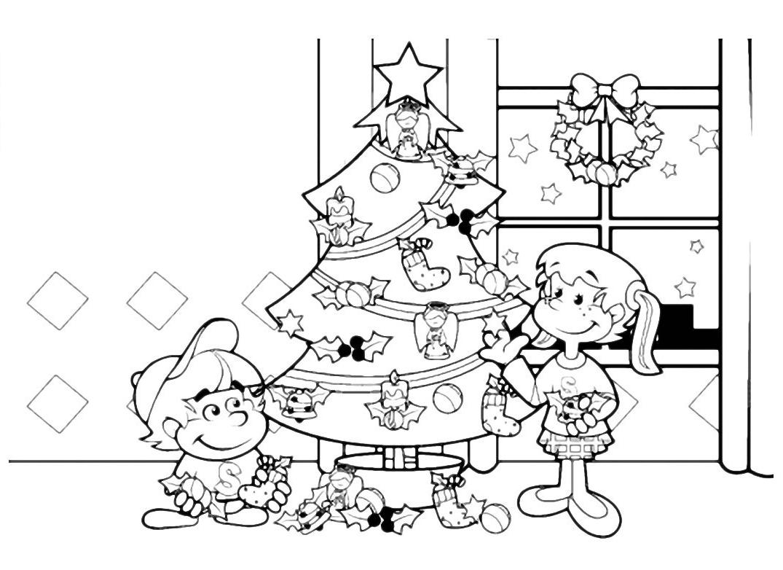 Natale bambini addobbano l 39 albero di natale for Lepre immagini da stampare