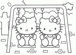 Hello Kitty sull'altalena